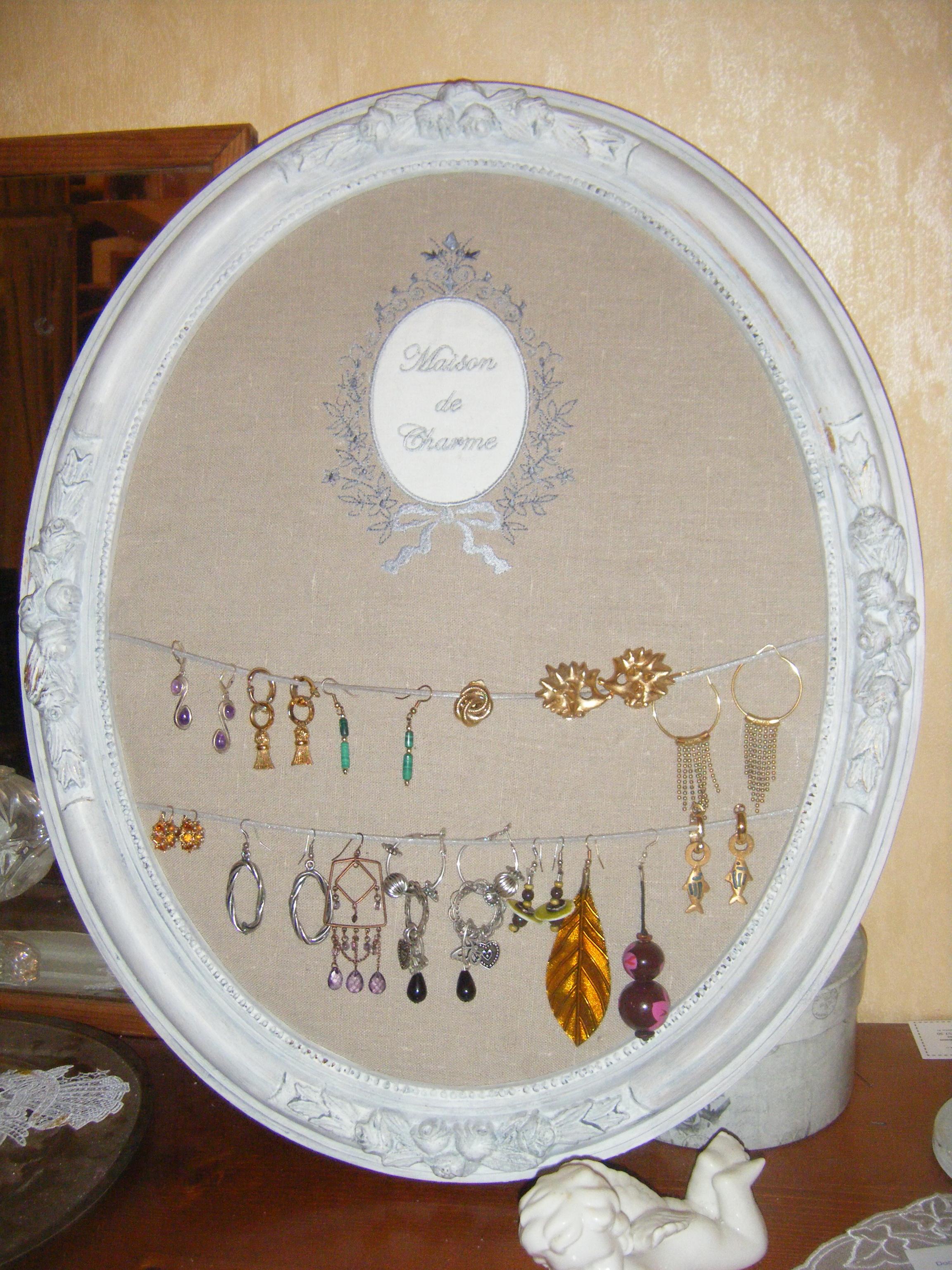 cadre bijoux libellule enchant e. Black Bedroom Furniture Sets. Home Design Ideas